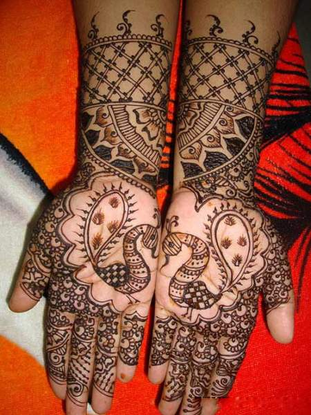 Peacock Mehandi Designs For Full Hands