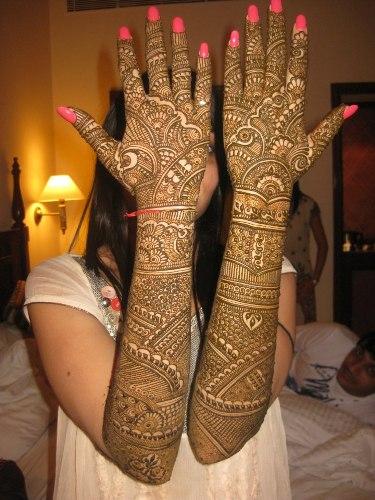 Full Hand Mehndi Designs 18