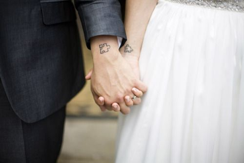 72897f726 20 Most Beautiful Couple Tattoo Designs that you Love | Styles At Life