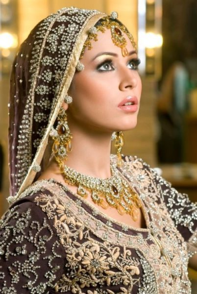 Pakistani Bridal lip Makeup