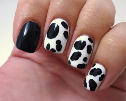 9 simple animal print nail art designs styles at life animal print nail art prinsesfo Choice Image