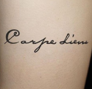 simple-carpe-diem-tattoo-designs11