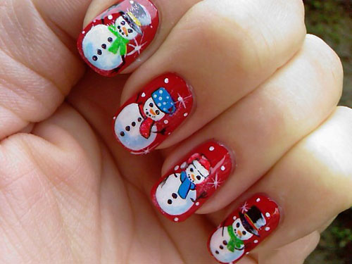 9 easy holiday nail art designs with pictures styles at life try out a snowman nail art like the one above using your dotting tools and nail art brush use colours of varying choices for colouring up the snowmen prinsesfo Images