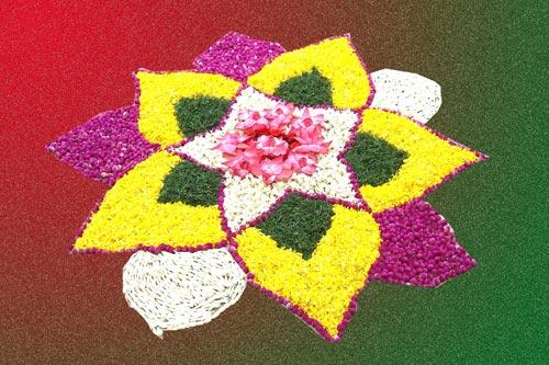 Circlular Flower Rangoli Design