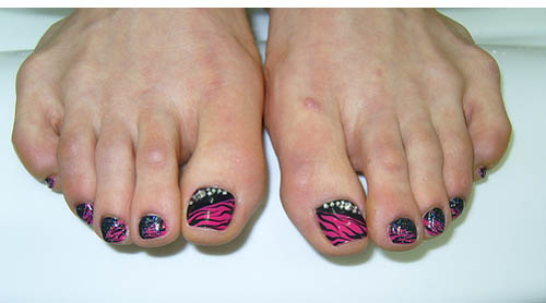9 simple and easy toe nail art designs for beginners hot prinsesfo Image collections