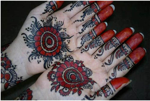 Colored Round Mehndi Design