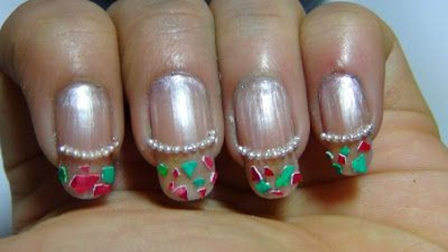 Egg-shells-easy-French-Tip-Nail-Art