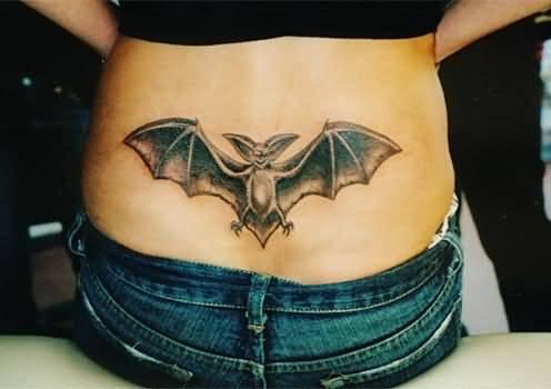 flying-bat-tattoo