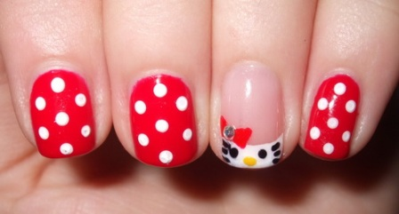 Hello-Kitty-Shellac-Nail-Design