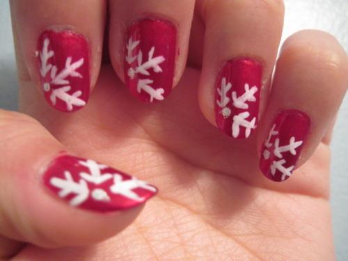 9 Simple Snowflake Nail Art Designs Styles At Life