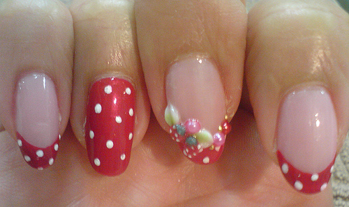 9 cute strawberry nail art designs styles at life an artistically prinsesfo Image collections