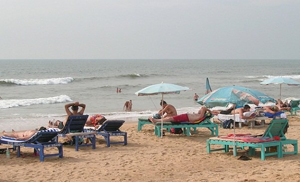The Best Beaches in Goa-Candolim Beach