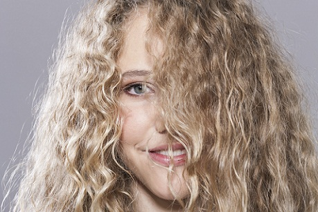 hair care in summer-Get Rid of The Frizz