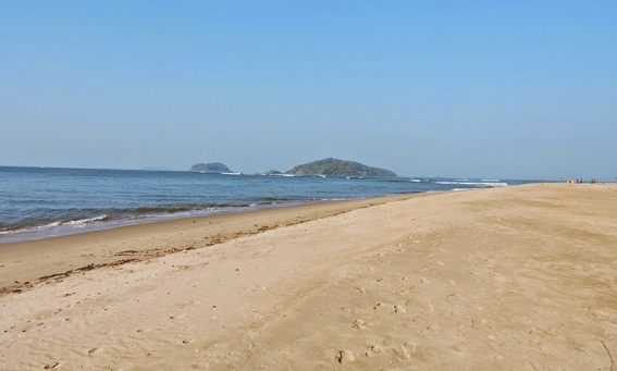 Beaches In Karnataka-Devbagh Beach