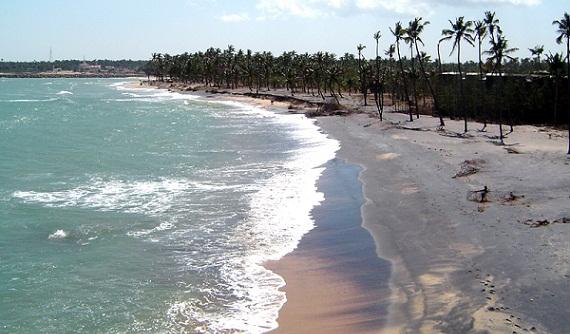 Beaches in Tamil Nadu-Vattakotai Beach