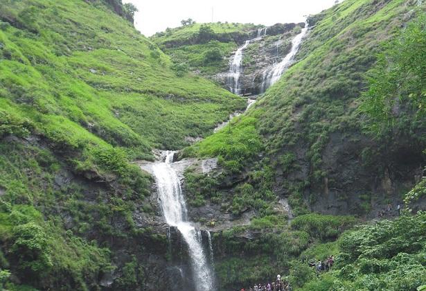 Best Waterfalls Near Mumbai-Bhivpuri Waterfall