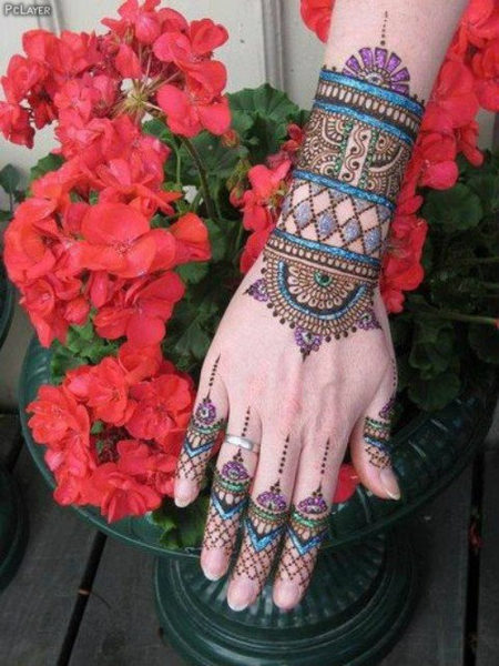 Colourful shaded mehndi designs