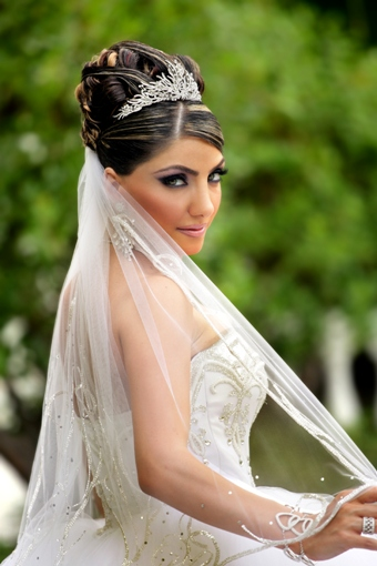 Different Indian Bridal Hairstyles6