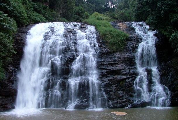 Famous Waterfalls in Karnataka-Abbey Falls