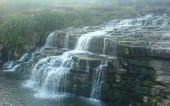 Famous Waterfalls in Karnataka-Godchinamalaki Falls