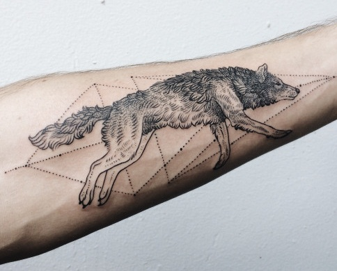 Geogemetric Wolf Tattoo Design