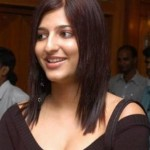 5 Best Pics of Shruti Hassan Without Makeup