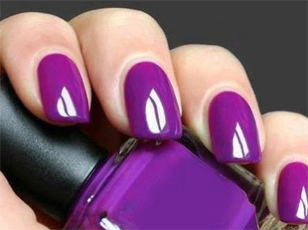 Magnificent Purple Nail Paint Design
