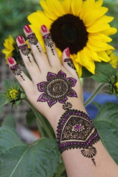 Marwari mehndi design with stones