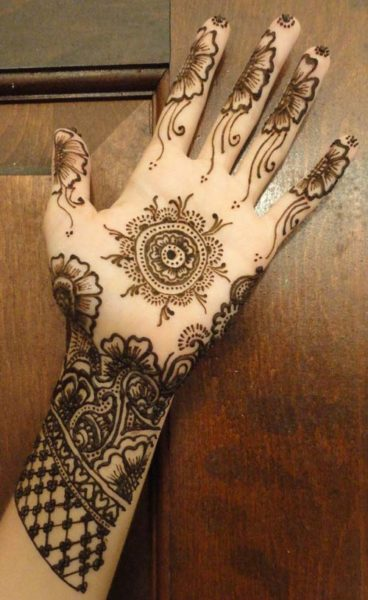 Elegant Henna Designs: 15 Unbeatable Marwari Mehndi Designs With Images