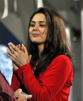 Preity zinta without makeup5