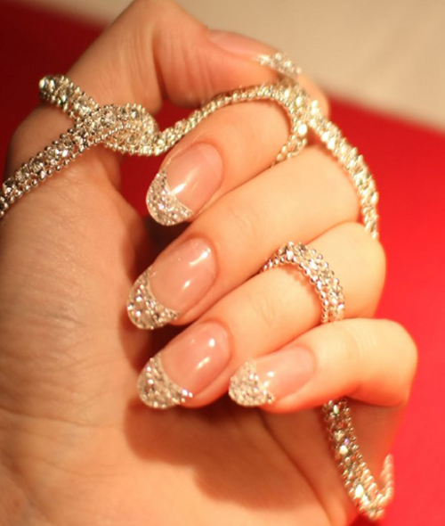 8 Best Glitter Nail Art Designs with Pictures | Styles At Life