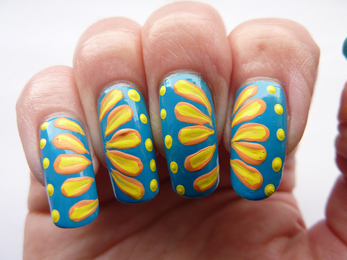 Sunflower One Stroke Nail Art