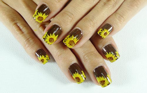 Traditional Sunflower Nail Art