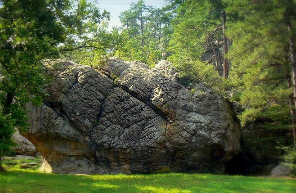 Wonders of Robbers Cave-Robbers cave Wilburton