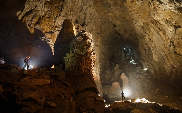 Wonders of Son Doong Caves-Giant Cavern
