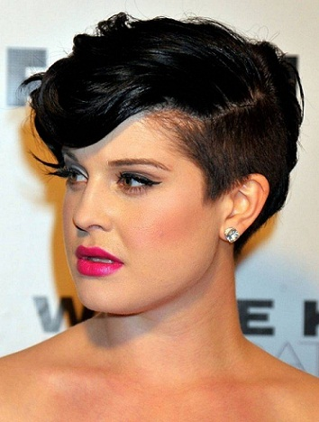 Best Hairstyle For Round Face Female Side Undercut