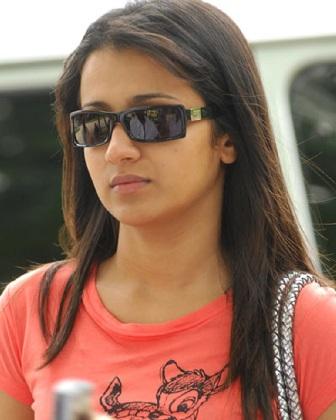 10 best photos of trisha krishnan without makeup  styles