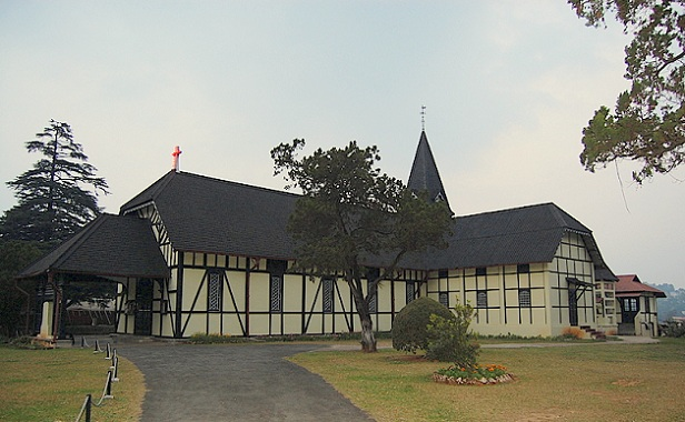 all-saints-church_shillong-tourist-places