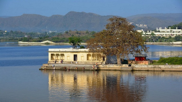 ambrai-ghat_udaipur-tourist-places