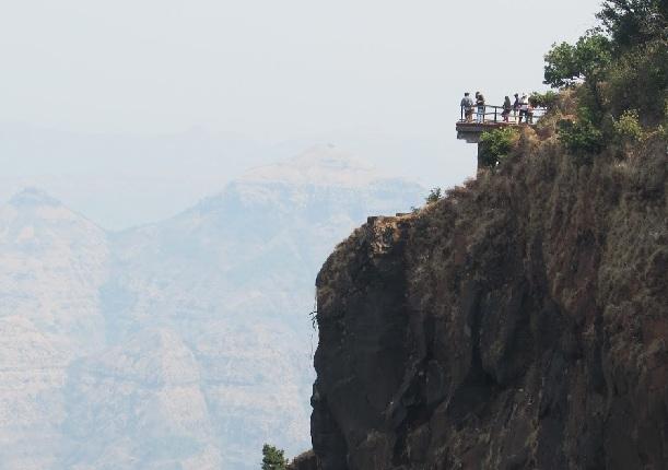 babington-point_mahabaleshwar-tourist-places