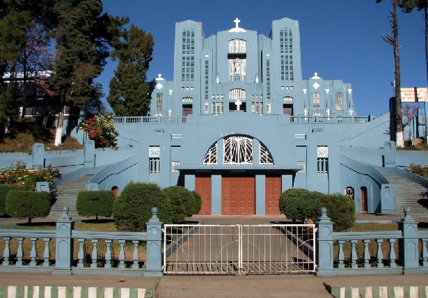 cathedral-catholic-church_shillong-tourist-places