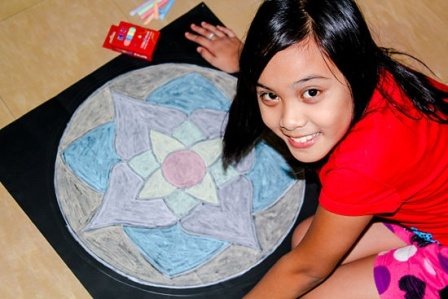 Easy Chalk Rangoli Design For Kids