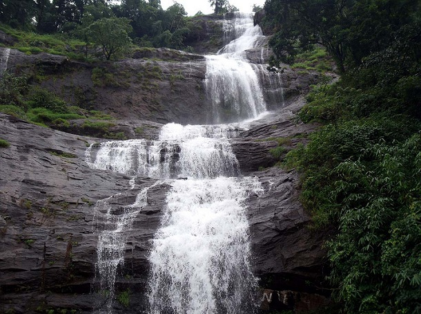cheeyappara-waterfalls_munnar-tourist-places