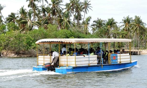 chunnambar-boat-house_pondicherry-tourist-places