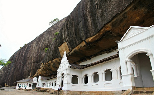 dambulla_sri-lanka-tourist-places