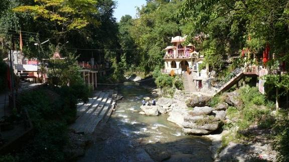 Dehradun Tourist Places to Visit-Tapkeshwar Temple