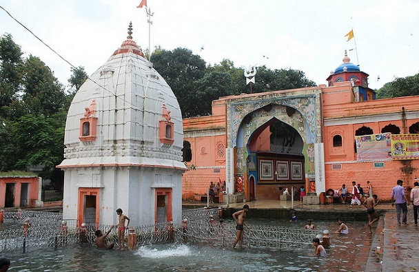 devguradia_indore-tourist-places