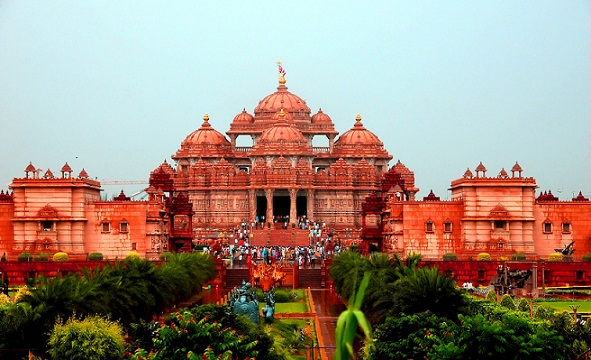 Famous Hindu Temples in India-Akshardham Temple delhi