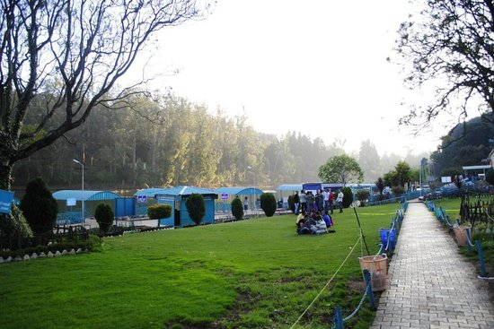 Famous Parks in Ooty-Lake Park