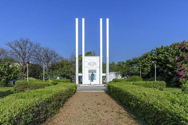 french-war-memorial_pondicherry-tourist-places